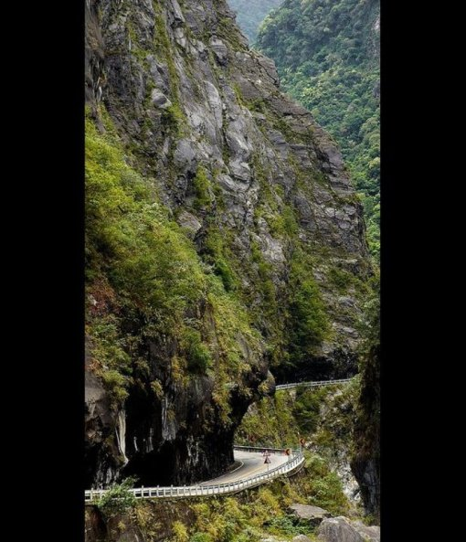 Taroko Gorge_ Hualien County, Taiwan Photo by Matthew Hine